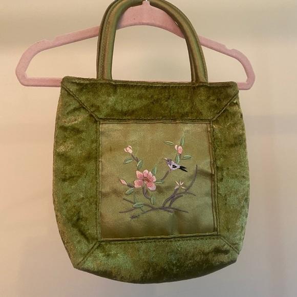 Vintage Handbags - Small VTG green velvet embroidered bag
